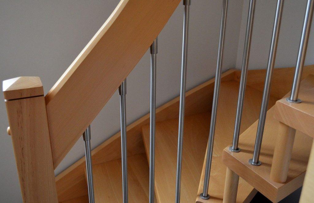 escalier en bois abattage ariege